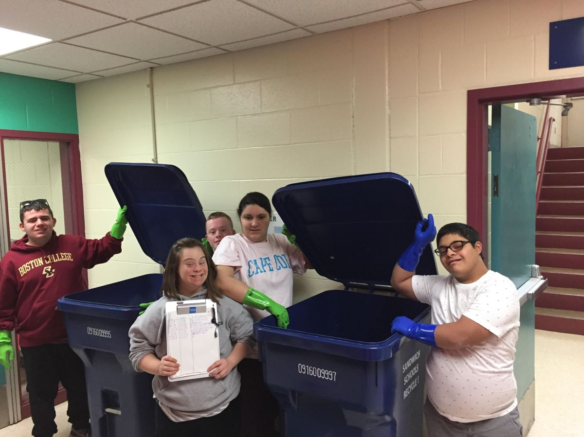 School-wide Recycling comes to SHS!